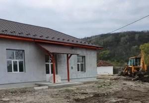 Elevii din Sămbureşti vor învăţa în şcoală nouă