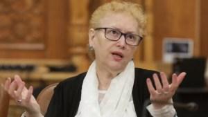 Avocatul Poporului INTRĂ TARE peste Monica Anisie: ministrul Educației, SOMAT să vină cu clarificări pe tema cursurilor online