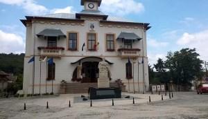 Cine sunt candidaţii pentru funcţia de primar al municipiului Slatina