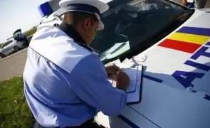 Polițiștii olteni au dat amenzi de peste 70.000 lei