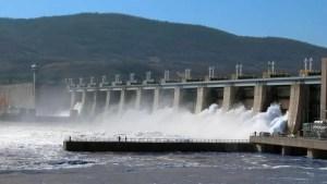 Ministrul Economiei acuză Hidroelectrica că nu vinde energie ieftină către populaţie: Sunt comozi sau sunt mână în mână cu furnizorii