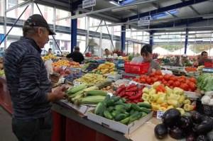 DSVSA Olt autorizează 3 târguri și 11 piețe
