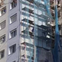 Reabilitarea blocurilor din Slatina continuă cu bani de la MLPDA