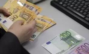 Clasament RUȘINOS: doar 4 din 10 români sunt independenți financiar