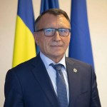 Stănescu, printre inițiatorii proiectul prin care dascălii ar primi stimulent de risc