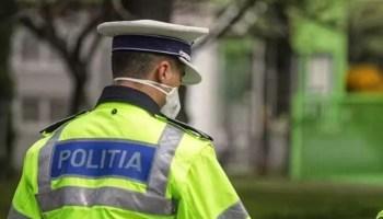 mascaaa COVID-19: polițiștii olteni au verificat 105 societăți comerciale şi 110 de mijloace de transport persoane