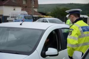 Razie a poliţiştilor şi jandarmilor  în prima zi a noilor restricții