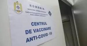 Olt: Începe vaccinarea anti-COVID a populației în 8 centre