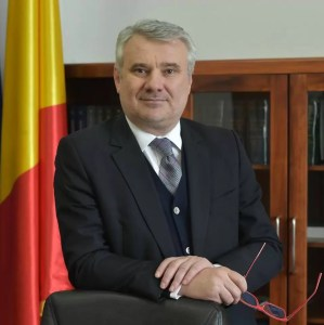 Deputatul Gigel Știrbu critică dur polițiștii pentru protestul cu fumigene: Este de neacceptat!