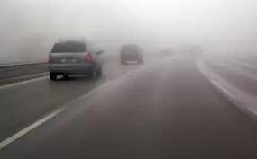 Avertizare Infotrafic: Lapoviță pe șoselele din 5 județe și ceață pe drumuri din alte 10 județe
