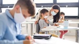 Sorin Cîmpeanu dă cea mai bună veste: 'Este posibilă reluarea școlii cu toți elevii, față în față'