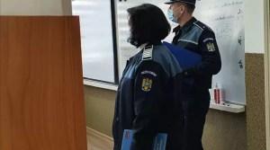 Polițiștii olteni în ''Școala altfel''