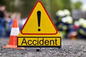 Carambol cu 6 mașini: 7 persoane rănite, printre care doi copii în vârstă de 4 și 7 ani