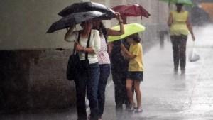 Vremea se schimbă. Ploi torențiale în toată țara