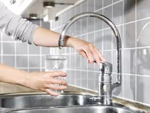 CAO oprește apa în Dobroteasa, noaptea