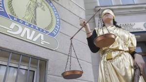 Curtea Constituţională: Reducerea vechimii procurorilor DNA și DIICOT de la 10 la 7 ani este neconstituțională