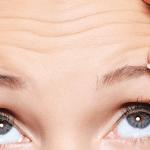 Aplikimi i këtyre vajrave ndikon në largimin e rrudhave nga fytyra!