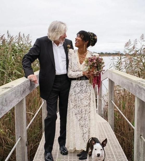 78 Yaşında Bir Damat; Roger Waters