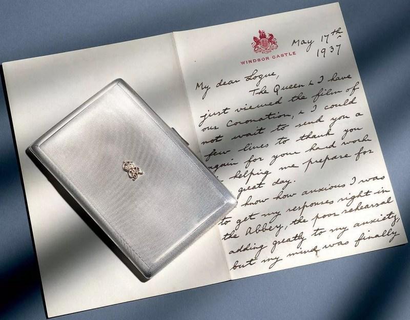 Estuche de cigarrillos entregado por George VI a Lionel Logue