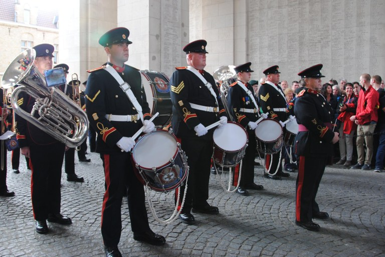 BandMeninGate