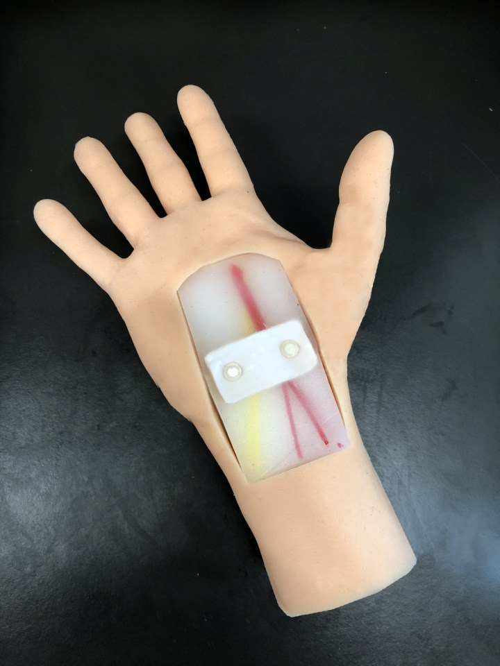 Carpal tunnel simulation task trainer.