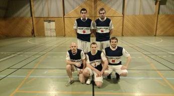Équipe de Rainneville : En haut, de gauche à droite: Vincent et Martin Masset. En bas, de gauche à droite: Jordan Bocquillon, Loïc et Thomas Masset.