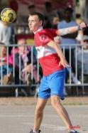 Ballon au poing (Reynald Valleron (42)