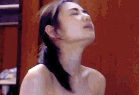 片山萌美乳首 (5)