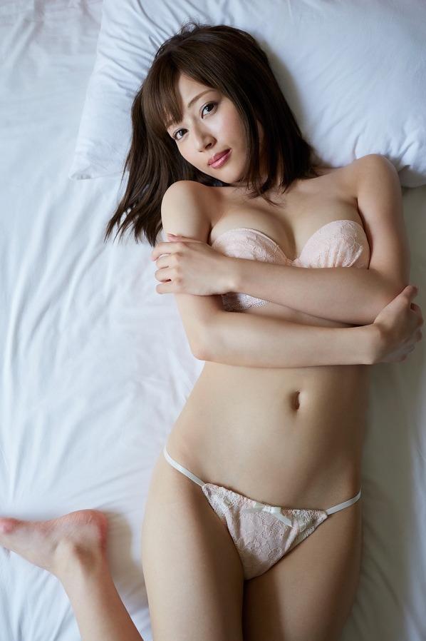 新藤まなみ (37)