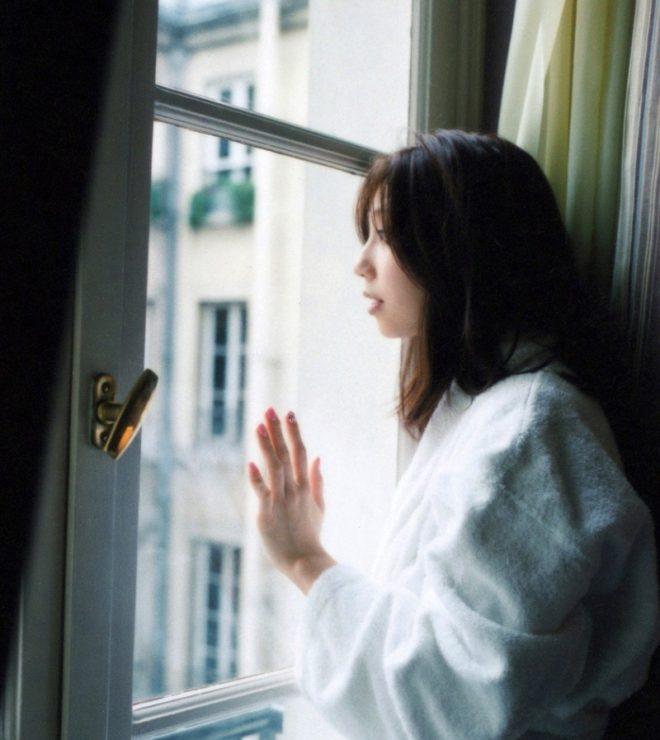 小泉麻耶ヌード (22)