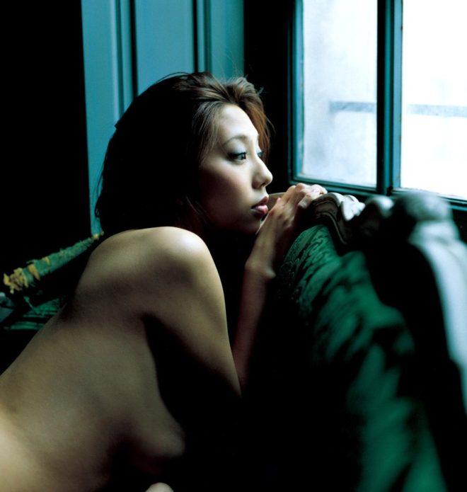 小泉麻耶ヌード (42)