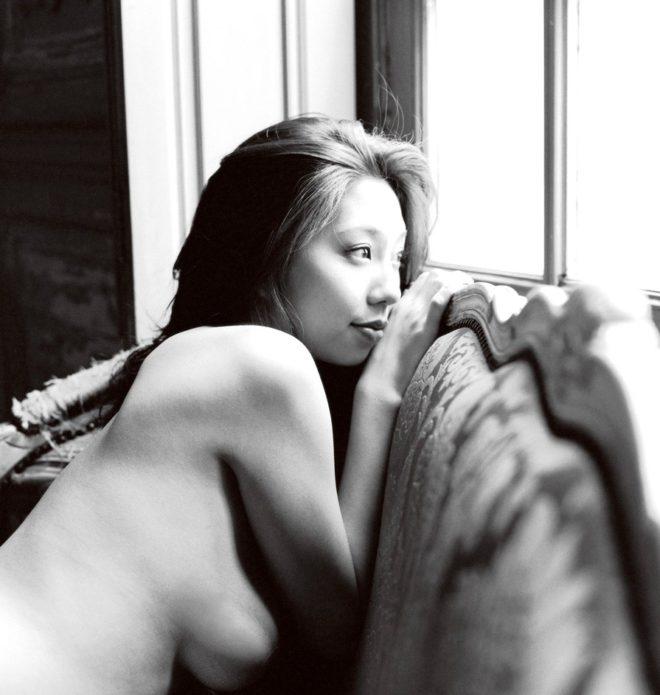 小泉麻耶ヌード (43)