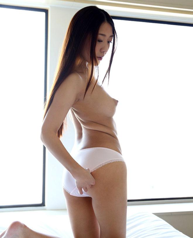 香椎りあ ヌード・セックスエロ画像 (9)