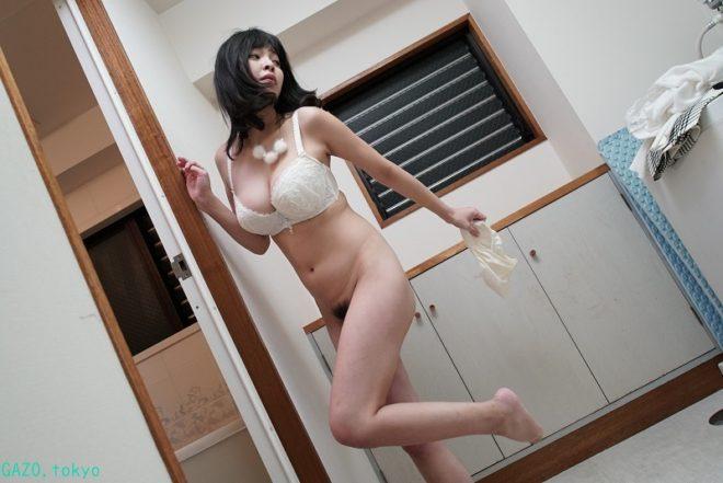Hカップな真菜果ちゃんの画像 (15)