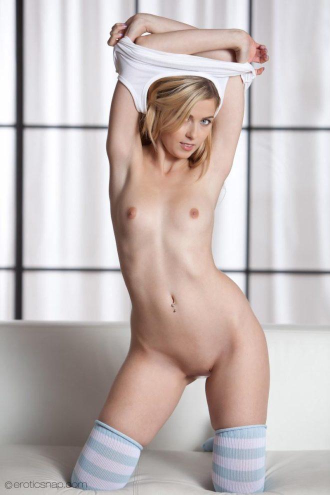 アビゲイル (36)