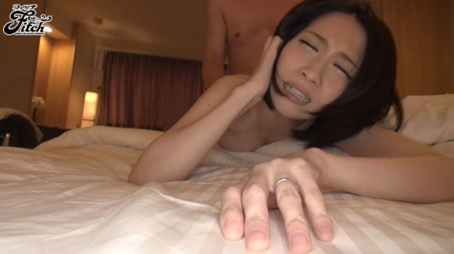 鷹宮ゆい (62)