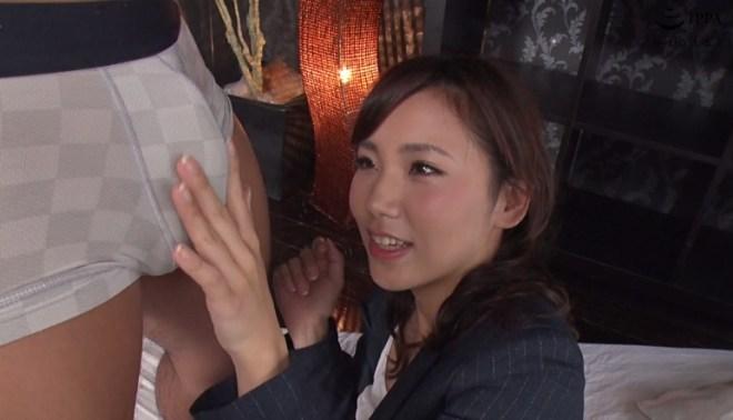 花崎りこ (46)