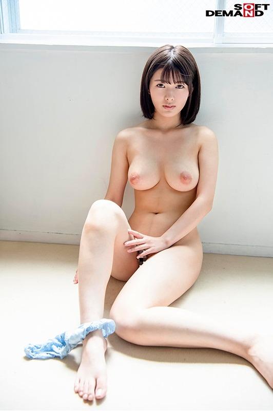 小泉ひなた (22)