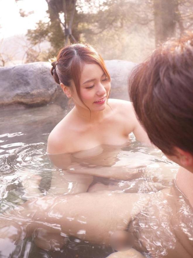 いずみ美耶 (32)
