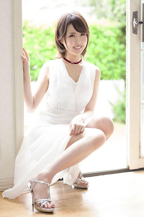 山口葉瑠 (24)