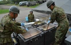 煮る焼く炒める……何でもできちゃう! 災害時も大活躍する自衛隊の炊事車がすごい   トヨタ自動車のクルマ情報サイト‐GAZOO