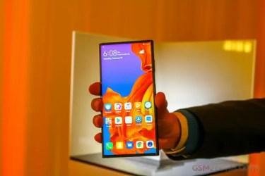 「冬」使うのは推奨しない。「Huawei Mate X」の耐久性「寒さ」にも弱い