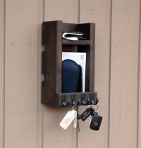 Buy Entryway key holder for wall, up to 20 key hooks, mail ...