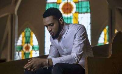 Dbanj Singer stops performance during concert to rescue lady being molested