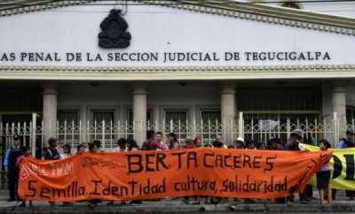 Honduras Cops arrested for 'tampering' in activist's murder probe