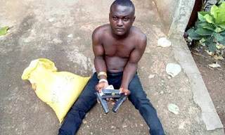 Man nabbed at Obudu Motor Park with pistols