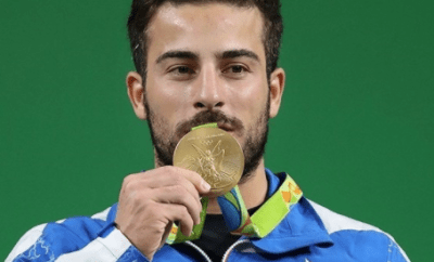 Olympic weightlifter sells his gold medal