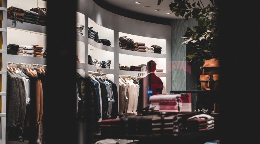Inflação mensal de moda fica estável