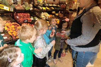 Groep 1 Naar de supermarkt (11)