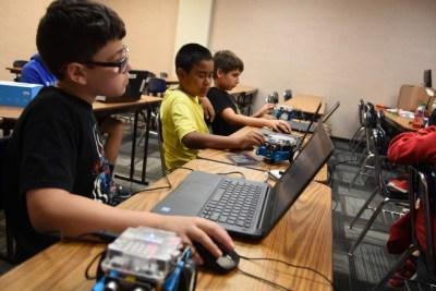 CE Kids Robotics 242